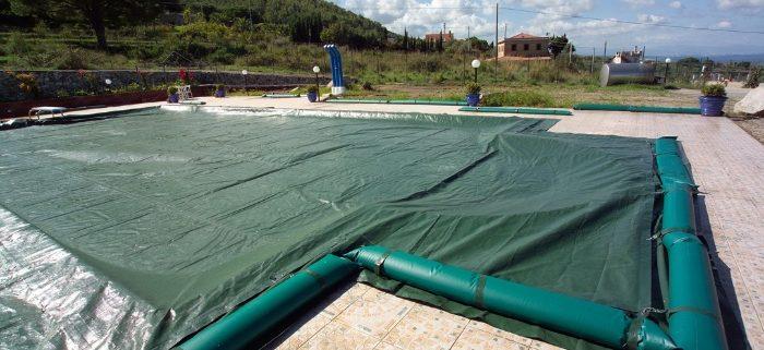 Il trattamento invernale dell 39 acqua in piscina cecconi - Trattamento acqua piscina ...