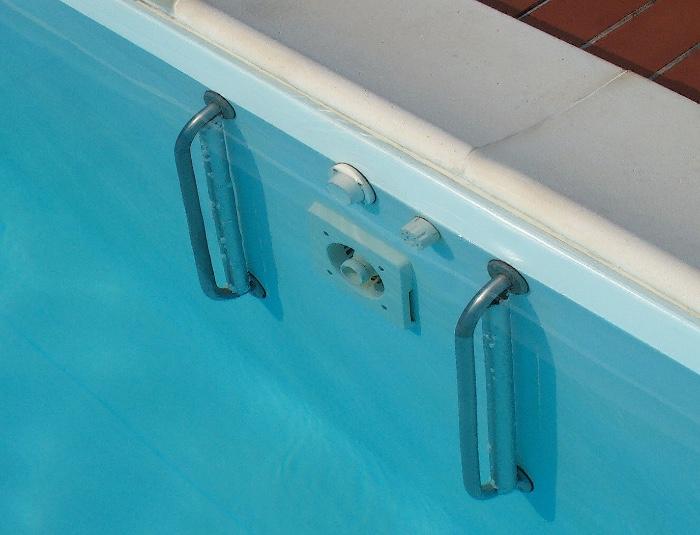 nuoto-controcorrente